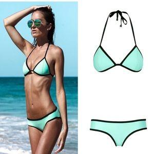 TRIANGL bikini top